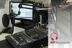 Imagem geral de estúdio de rádio