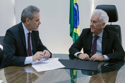 Foto ilustrativa de matéria sobre acordo firmado entre MPPR e TJPR para garantir direitos de população em situação de rua